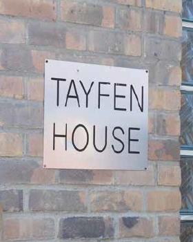 Tayfenhouse outside image